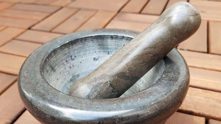 granitmörser-richtig-reinigen-pflegen
