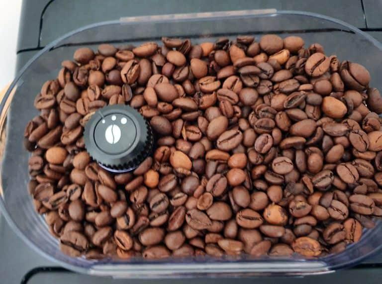 bester-kaffeevollautomat-unter-300-euro-mahlwerk