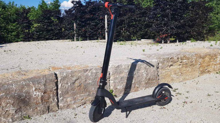 e-scooter-mit-lithium-ionen-akku