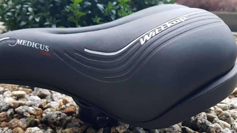 fahrradsattel-für-damen-mit-übergewicht-950x680